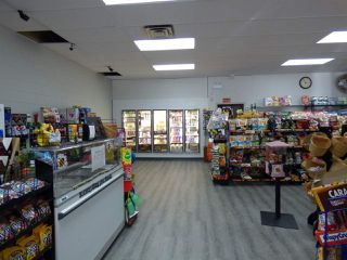 Photo 6: 526 WALLACE Street in Hope: Hope Center Business with Property for sale : MLS®# C8015236