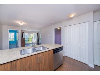 "Photo 6: 224 8915 202 Street in Langley: Walnut Grove Condo for sale in ""HAWTHORNE"" : MLS®# R2215126"