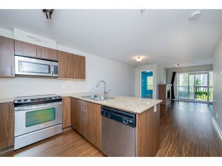 "Photo 3: 224 8915 202 Street in Langley: Walnut Grove Condo for sale in ""HAWTHORNE"" : MLS®# R2215126"