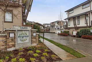 "Photo 1: 29 19433 68 Avenue in Surrey: Clayton Townhouse for sale in ""THE GROVE"" (Cloverdale)  : MLS®# R2239745"