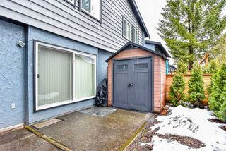 Photo 19: 962 HOWIE Avenue in Coquitlam: Central Coquitlam Townhouse for sale : MLS®# R2243466