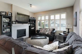 Photo 8: 403 2330 SHAUGHNESSY STREET in Port Coquitlam: Central Pt Coquitlam Condo for sale : MLS®# R2185275