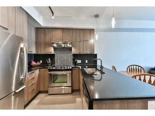 "Photo 2: 410 15956 86A Avenue in Surrey: Fleetwood Tynehead Condo for sale in ""Ascend"" : MLS®# R2253829"