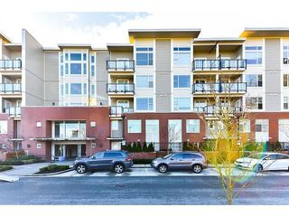 "Photo 1: 410 15956 86A Avenue in Surrey: Fleetwood Tynehead Condo for sale in ""Ascend"" : MLS®# R2253829"