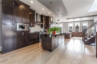 Photo 4: 2120 49 Street NW in Calgary: Montgomery House for sale : MLS®# C4180921