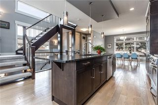 Photo 7: 2120 49 Street NW in Calgary: Montgomery House for sale : MLS®# C4180921