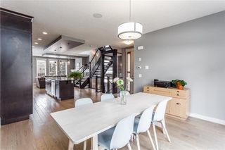 Photo 3: 2120 49 Street NW in Calgary: Montgomery House for sale : MLS®# C4180921