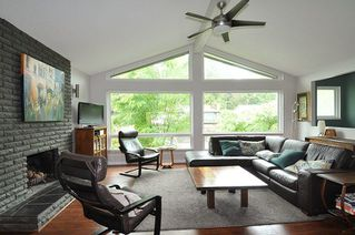 Photo 3: 11582 196B Street in Pitt Meadows: South Meadows House for sale : MLS®# R2288159