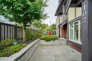 "Photo 4: 102 7227 ROYAL OAK Avenue in Burnaby: Metrotown Townhouse for sale in ""VIVA"" (Burnaby South)  : MLS®# R2302097"