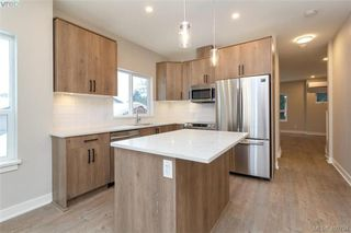 Photo 3: 2808 Knotty Pine Rd in VICTORIA: La Langford Proper Row/Townhouse for sale (Langford)  : MLS®# 799764