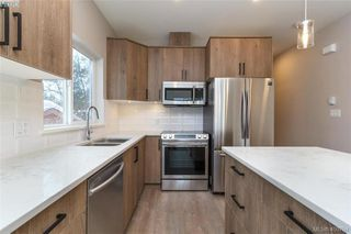 Photo 4: 2808 Knotty Pine Rd in VICTORIA: La Langford Proper Row/Townhouse for sale (Langford)  : MLS®# 799764