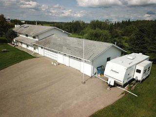 Photo 5: 56027 Rge Rd 14: Rural Lac Ste. Anne County House for sale : MLS®# E4137925