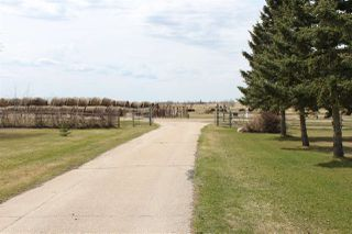 Photo 39: 56027 Rge Rd 14: Rural Lac Ste. Anne County House for sale : MLS®# E4137925