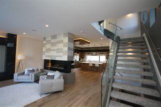 Photo 2: 44A Valleyview Crescent in Edmonton: Zone 10 House for sale : MLS®# E4138976