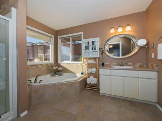 Photo 11: 36126 WALTER Road in Abbotsford: Abbotsford East House for sale : MLS®# R2331387