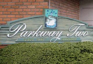 """Main Photo: 106 5363 206 Street in Langley: Langley City Condo for sale in """"Parkway II"""" : MLS®# R2332747"""