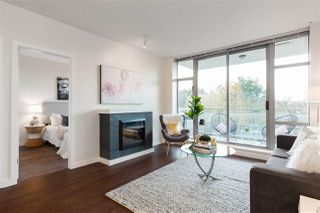 "Main Photo: 1009 280 ROSS Drive in New Westminster: Fraserview NW Condo for sale in ""Carlyle"" : MLS®# R2339521"