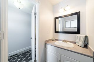 Photo 3: 121 16725 106 Street in Edmonton: Zone 27 Townhouse for sale : MLS®# E4143258