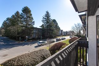 "Photo 8: 212 1561 VIDAL Street: White Rock Condo for sale in ""RIDGECREST"" (South Surrey White Rock)  : MLS®# R2344716"