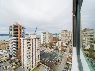 "Photo 15: 1506 1740 COMOX Street in Vancouver: West End VW Condo for sale in ""SANDPIPER"" (Vancouver West)  : MLS®# R2345085"