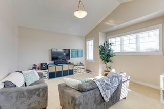 Photo 11: 1420 CHAHLEY Place in Edmonton: Zone 20 House for sale : MLS®# E4146343