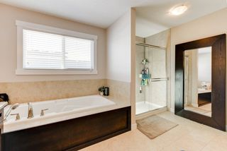 Photo 15: 1420 CHAHLEY Place in Edmonton: Zone 20 House for sale : MLS®# E4146343