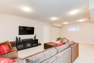 Photo 21: 1420 CHAHLEY Place in Edmonton: Zone 20 House for sale : MLS®# E4146343