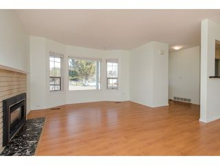Photo 4: 42208 CORONA Avenue: Yarrow House for sale : MLS®# R2349376