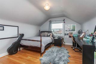 Photo 10: 2487 TURNER Street in Vancouver: Renfrew VE House for sale (Vancouver East)  : MLS®# R2351525