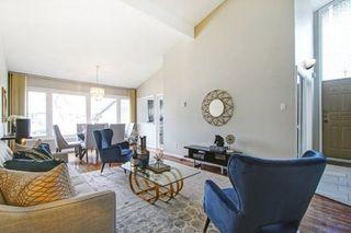 Photo 4: 77 Billington Crescent in Toronto: Parkwoods-Donalda House (Backsplit 3) for sale (Toronto C13)  : MLS®# C4412812