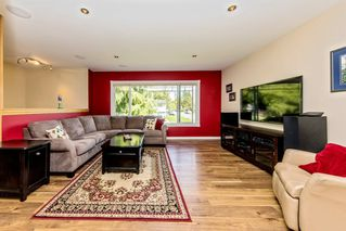 Photo 2: 12057 211 Street in Maple Ridge: Northwest Maple Ridge House for sale : MLS®# R2359282