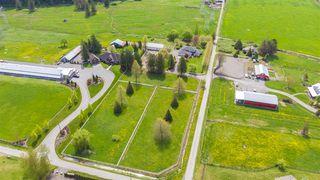 Photo 2: 9589 MCMILLAN Road in Rosedale: Rosedale Popkum House for sale : MLS®# R2363064
