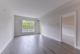 Photo 3: 211 14550 WINTER Crescent in Surrey: King George Corridor Condo for sale (South Surrey White Rock)  : MLS®# R2370599