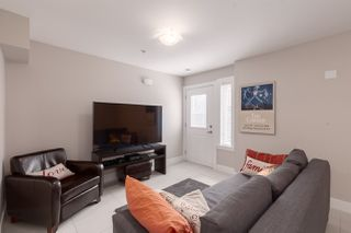 Photo 12: 2838 HORLEY Street in Vancouver: Collingwood VE House 1/2 Duplex for sale (Vancouver East)  : MLS®# R2377357
