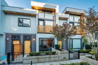 Photo 2: 6036 OAK Street in Vancouver: Oakridge VW Townhouse for sale (Vancouver West)  : MLS®# R2377610