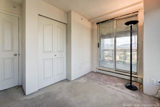 """Photo 4: 1603 183 KEEFER Place in Vancouver: Downtown VW Condo for sale in """"PARIS PLACE"""" (Vancouver West)  : MLS®# R2377762"""