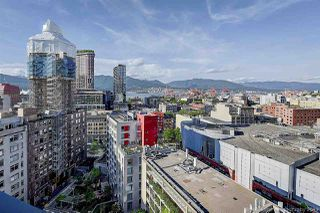 """Photo 17: 1603 183 KEEFER Place in Vancouver: Downtown VW Condo for sale in """"PARIS PLACE"""" (Vancouver West)  : MLS®# R2377762"""