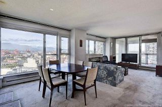 """Photo 2: 1603 183 KEEFER Place in Vancouver: Downtown VW Condo for sale in """"PARIS PLACE"""" (Vancouver West)  : MLS®# R2377762"""
