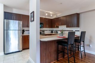 "Photo 6: 214 12248 224 Street in Maple Ridge: East Central Condo for sale in ""URBANO"" : MLS®# R2386859"