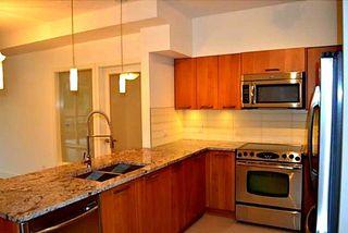 Photo 4: 207 5682 WHARF AVENUE in Sunshine Coast: Home for sale : MLS®# R2204010