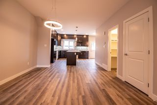 Photo 5: 12138 81 Street in Edmonton: Zone 05 House Half Duplex for sale : MLS®# E4171003