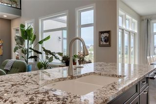 Photo 11: 78 Whispering Springs Way: Heritage Pointe Detached for sale : MLS®# C4265112
