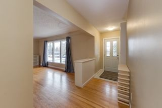 Photo 2: 9419 145 Street in Edmonton: Zone 10 House for sale : MLS®# E4172304