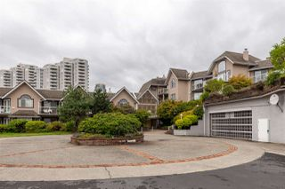 Photo 2: 405 25 RICHMOND Street in New Westminster: Fraserview NW Condo for sale : MLS®# R2406165