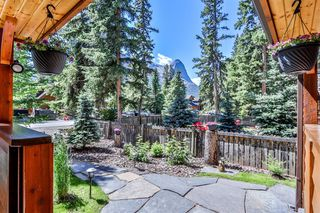 Photo 3: 506 2nd Street: Canmore Detached for sale : MLS®# C4282835