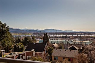 """Photo 10: 208 33150 4TH Avenue in Mission: Mission BC Condo for sale in """"Kathleen Court"""" : MLS®# R2436210"""