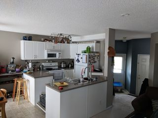 Photo 3: 3 Doucette Place in St. Albert: House for rent