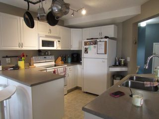 Photo 4: 3 Doucette Place in St. Albert: House for rent