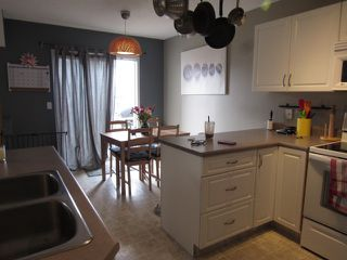 Photo 6: 3 Doucette Place in St. Albert: House for rent