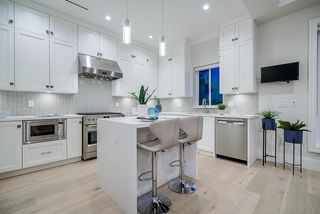 Photo 12: 418 E 56TH Avenue in Vancouver: South Vancouver House for sale (Vancouver East)  : MLS®# R2468555